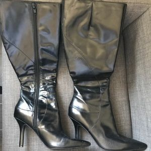 NINE WEST Pointy Black Leather Boots, Size 6.5